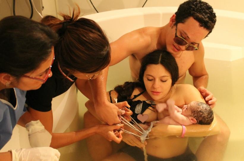 Un nacimiento respetado: El corte tardío del cordón umbilical y sus beneficios